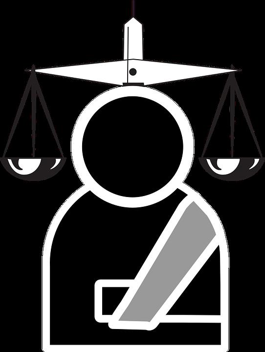 Rapidità e trasparenza: la rivoluzione degli avvocati online